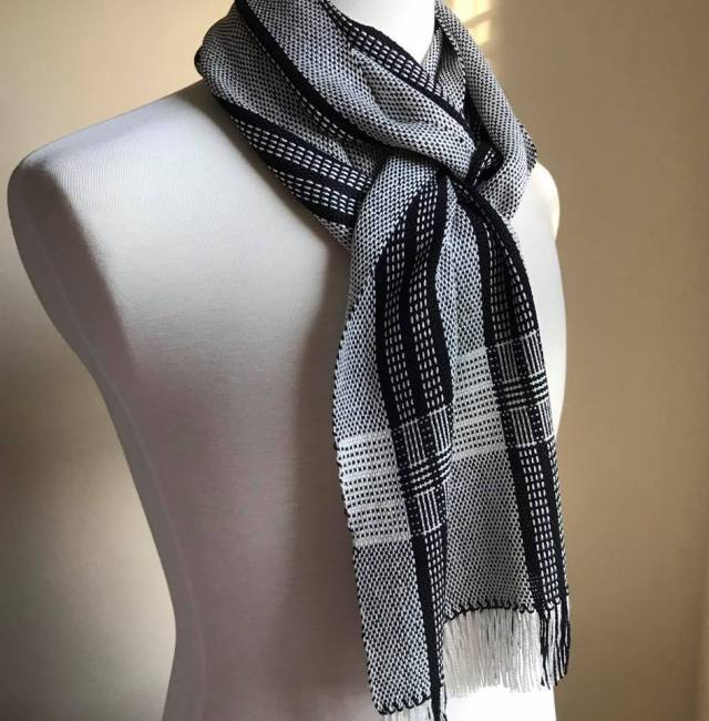 Log Cabin Bamboo Scarf Black Ivory