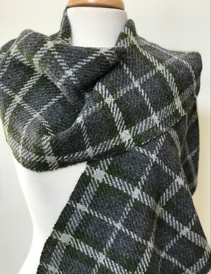 New wool tartan cloth